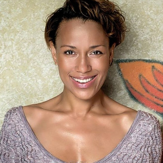 Schauspielerin Dominique Siassia - Prominente am Herd